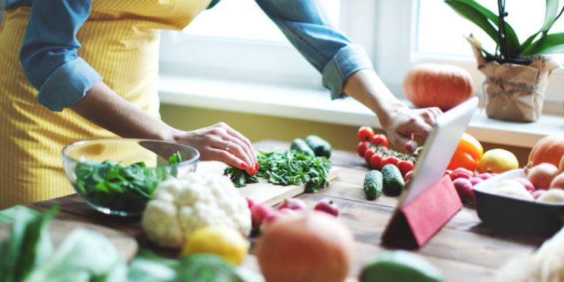 8 храни, които трябва да ядете всеки ден