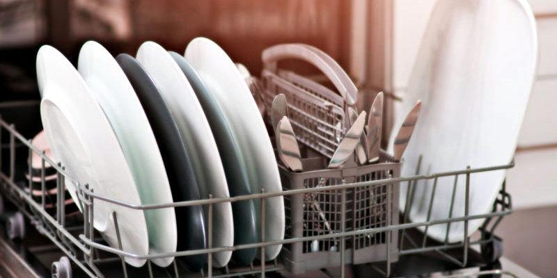 Как се зарежда и се пуска миялна машина