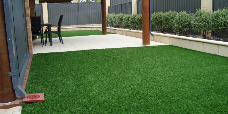 Топдом - изкуствена трева, избор, решение