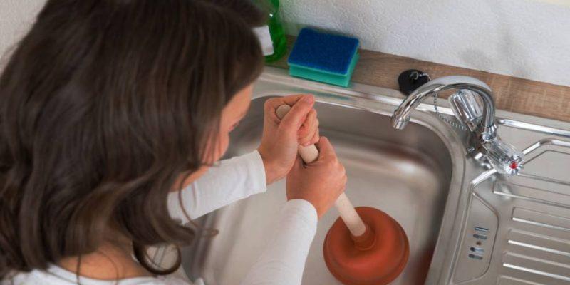 Бързо отпушване на мивка