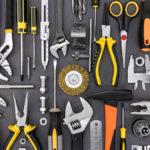 Как трябва да изглежда основният сет от мъжки инструменти